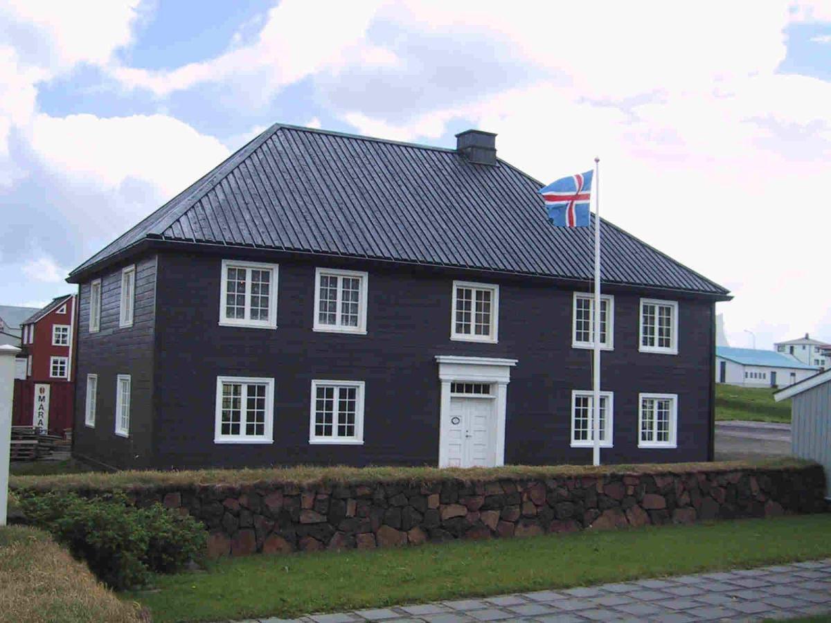 Norwegian House in Stykkishólmur